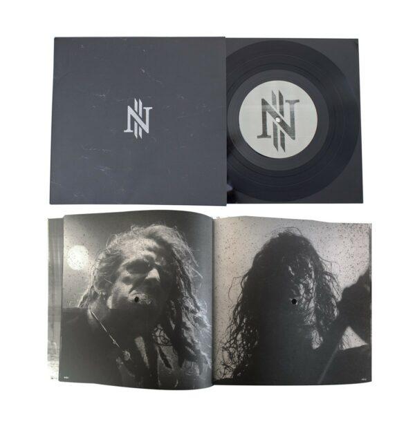 """Copenhell - Ten Years In Hell, Fotobog på 96 sider Inkl. 7"""" Vinyl, Limited 666 Stk."""